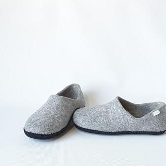 Мужская обувь для дома