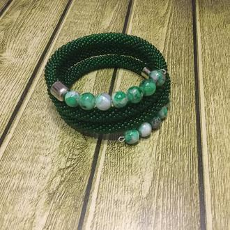 Зелёный браслет на Мемори проволке