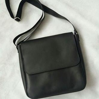 Мужская сумка из натуральной кожи CrazyHorse. Цвет черный.