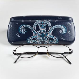 Футляр для окулярів Футляр для очков с ручной росписью ′Кракен′
