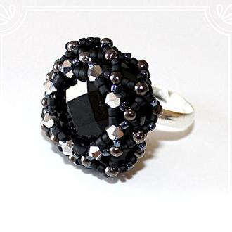 Посеребренное кольцо с агатом и кристаллами