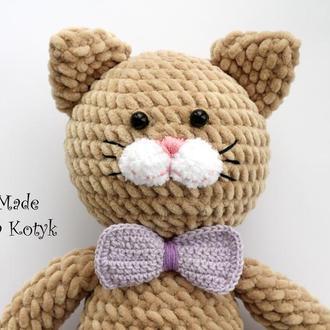 Плюшевый котик, зефирный котик (Плюшевий котик)