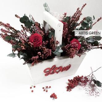 """Экокорзинка со стабилизированными растениями """"LOVE"""""""