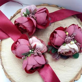 Марсаловые бутоньерки Бутоньерка для девичника Заколка с пионами Бутоньерка на руку Свадебные