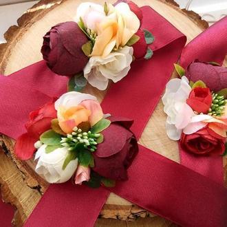 Бутоньерка на руку Бутоньерки с цветами Бутоньерка цвета марсала на выпускной Бутоньерка купить Киев