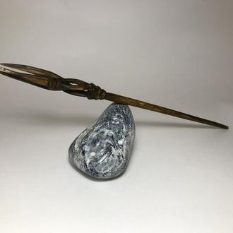 Шпилька для волос деревянная