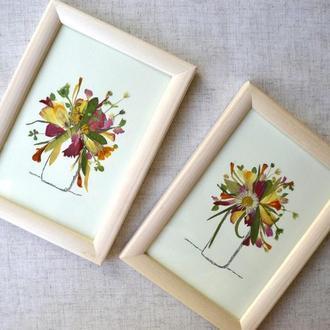 Букетики з живих пресованих квітів