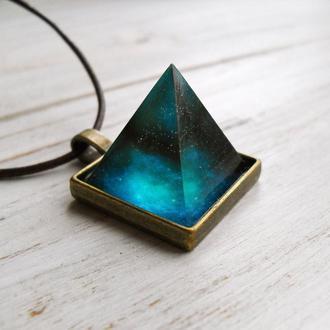 "Кулон ""Magic Pyramid"" /чокер подвеска украшение прикраса"