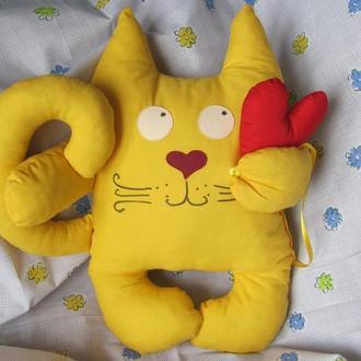 "Подушка ""Кот с сердцем"""