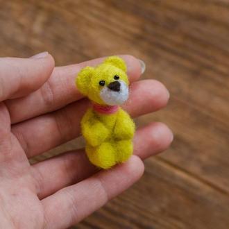 Жёлтый мишка миниатюрная валяная игрушка - Игрушки в технике валяния из шерсти - Ручная работа