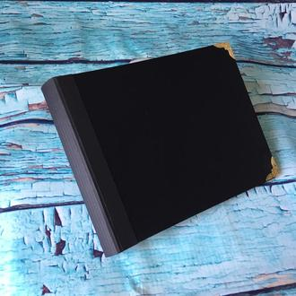 Заготовка для альбома 21х17 см чёрный картон 700гр/м2 с метал. уголками
