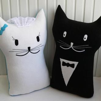 """Подушки-коты """"Свадебный подарок"""""""