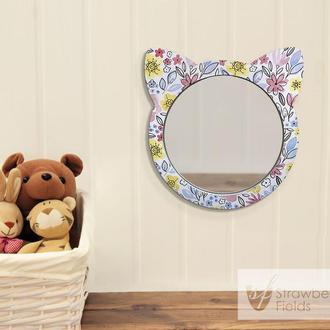 Настенное зеркало в детскую комнату