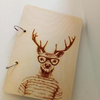Стильный блокнот с деревянной обложкой Олень ежедневник дерево