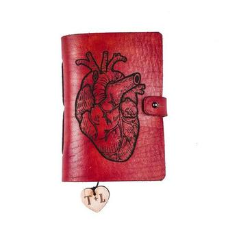 """Кожаный карманный блокнот с гравировкой """"Сердце"""""""