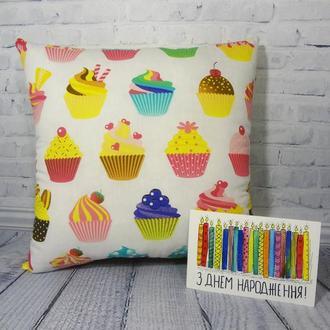 Декоративная подушка -  кекс
