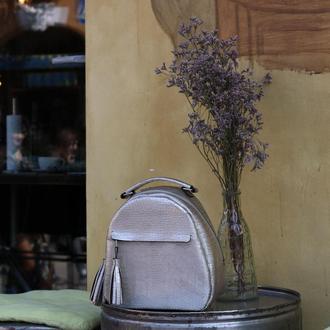 Женский кожаный рюкзакс кисточками