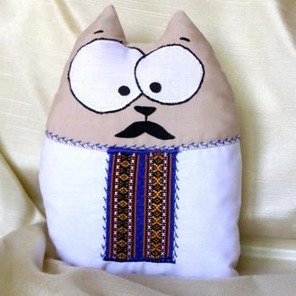 Котик Андрій у вишиванці