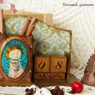 вечный календарь с стаканом для карандашей по мотивам Е.Гапчинской