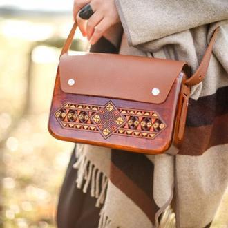 """Жіноча дерев'яна сумка """"Ватра"""""""