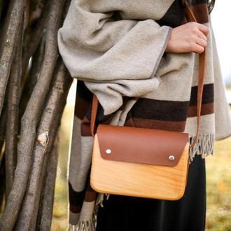"""Женская деревянная сумка """"Немая"""""""