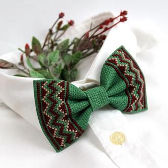 "Вышитая галстук-бабочка ""Хюге"""