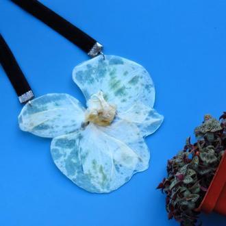 Колье-орхидея