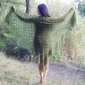 """Прекрасная шаль """"Харуни"""" выполнена из нежной ангоры"""