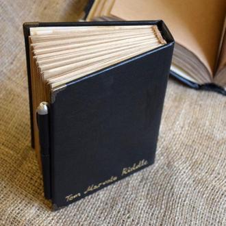 Щоденник Тома Реддла (Гаррі Поттер) з ручкою, яка пише чорнилом, що зникає