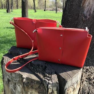 Стильная сумка с косметичкой (через плечо)
