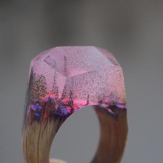 Кольцо деревянное со смолой эпоксидной
