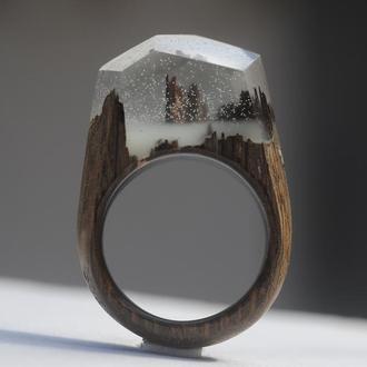 Кольцо деревянное, дуб и смола