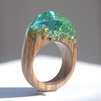 Кольцо деревянное со смолой и поталью