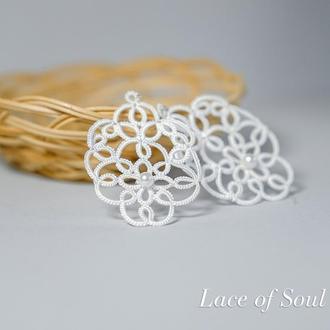 Білі мереживні (кружевные) сережки