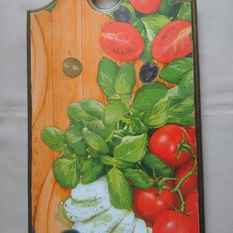"Деревянная разделочная доска для кухни ""Брынза"""
