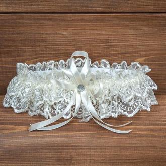 Подвязка на ногу невесты бежевая, айвори, кремовая