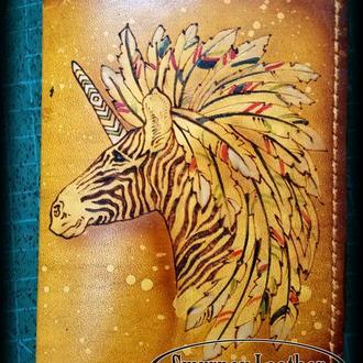 Кожаная обложка на паспорт Единорог