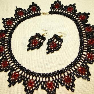 Плетеное колье и серьги