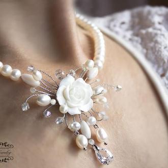 """Свадебное колье натуральный жемчуг и кристаллы """" Нежность """""""