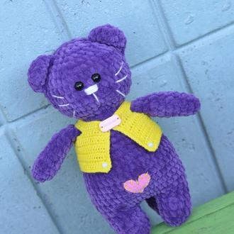 Кошечка плюшевая, фиолет (игрушка вязаная крючком)