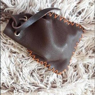 коричневый кожаный мешочек для рун