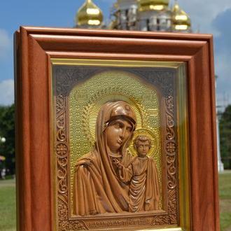 Икона деревянная резная с сусальным золотом Казанской Божьей Матери (Казанской Пресвятой Богородицы)