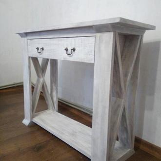 Консоль, пристенный стол для гостинной.