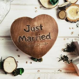 """Just married""  шкатулка из дерева"
