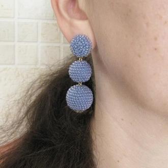 Светло синие серьги бон бон из бисерных шариков
