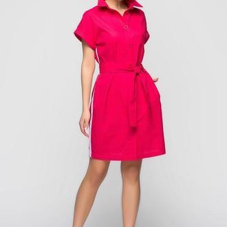 Льняное платье-рубашка яркого малинового цвета с белым лампасом