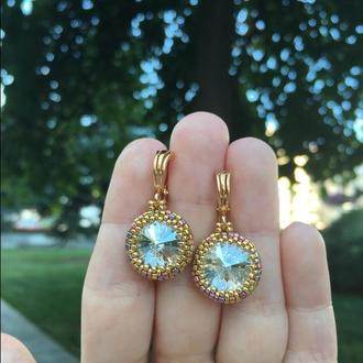 Золотые серьги с кристаллами Swarovski Crystal Silver Shade и ювелирным бисером