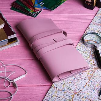 Кожаный клатч цвета розовый фламинго