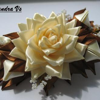 Женская заколка стрела с розами