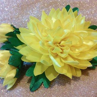 Хризантема из атласных лент